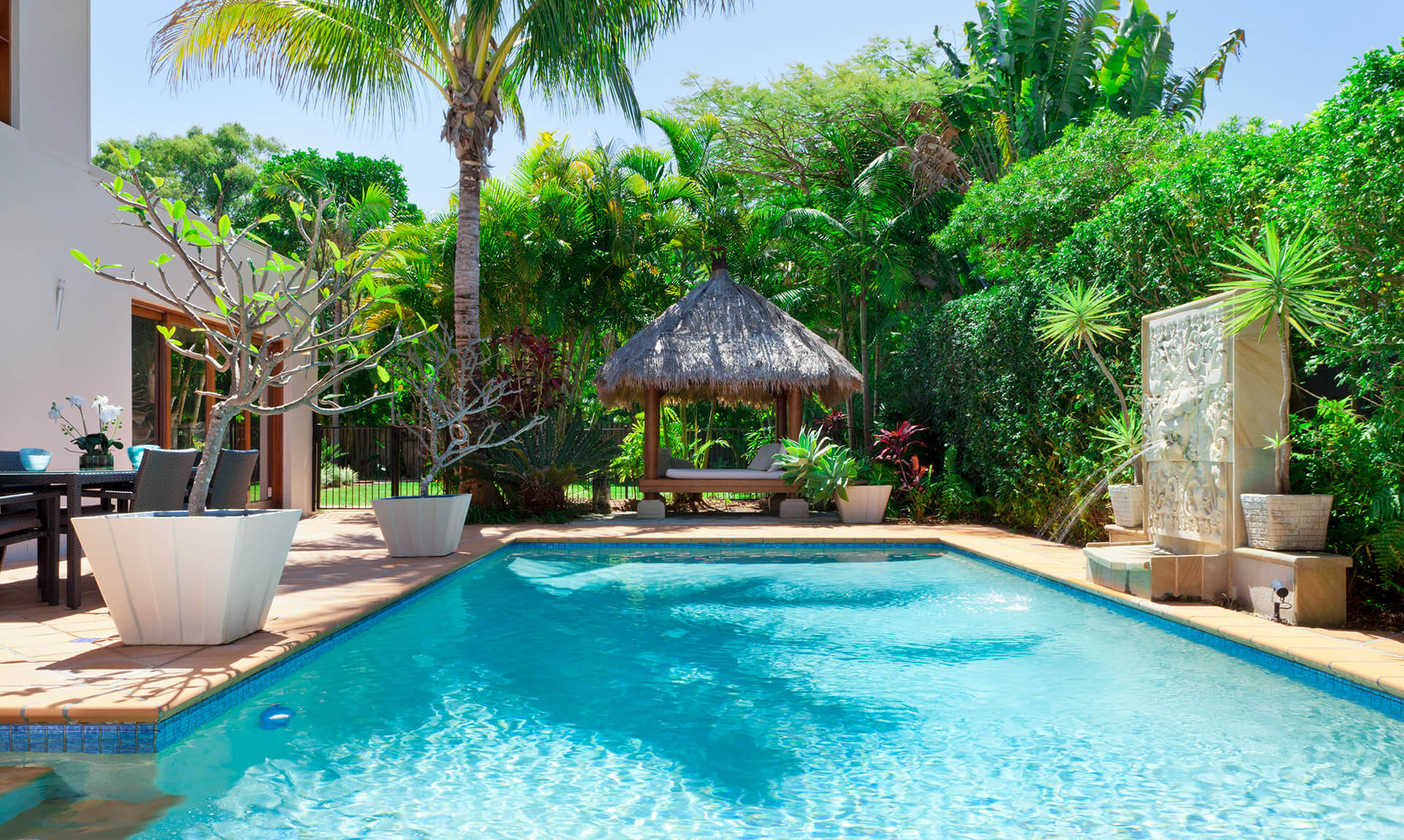 Tropical Swimming Pool Design Idea with Fountain